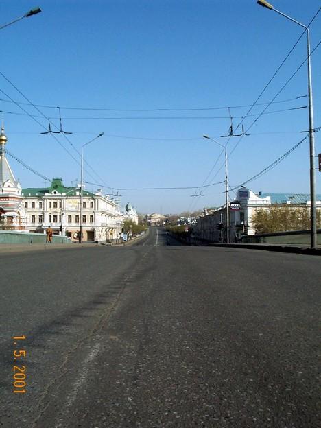 На ул. Ленина нет транспорта