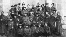Атаман Семенов и его приближенные в кругу своих друзей японцев