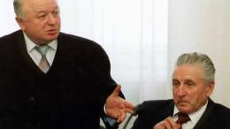 Фото на память. Звёзды Омского спорта на встрече в мэрии.