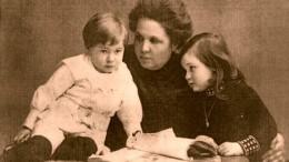 Мария Шанина с внуками