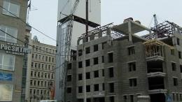 Башня в стиле хайтек