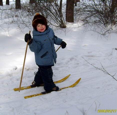 Маленький лыжник