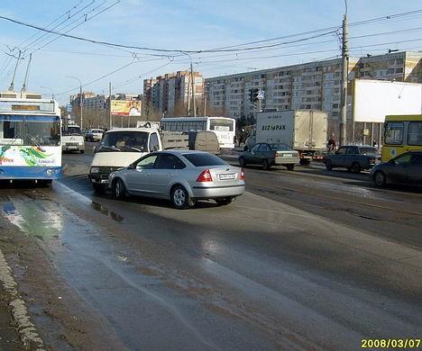 Тесно и без трамваев