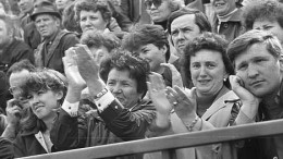 Митинг на Динамо 1988 года. Одобряем!