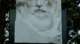 Памятник А.Н. Либерову на Старо-Северном кладбище в Омске
