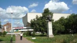 Валериан Куйбышев. Бюст и улица