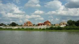 Дачки на берегу Иртыша
