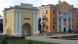 Тарские ворота и дом Манякина