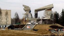 Возводится памятник труженикам тыла