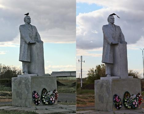 Памятник и птица