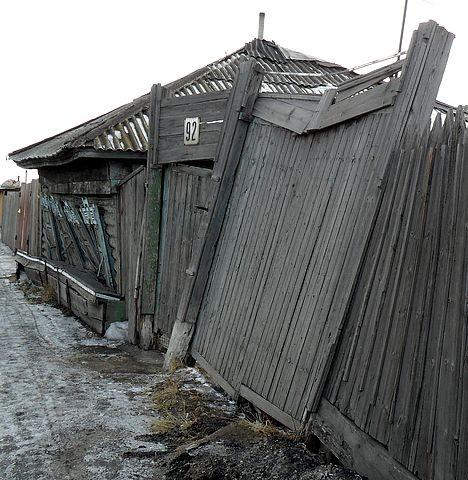 Деревянный Омск кончается