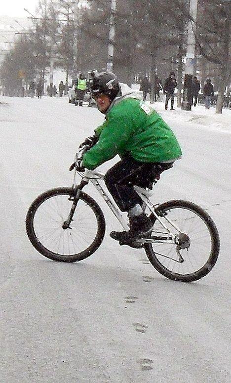 Яблочник на велосипеде