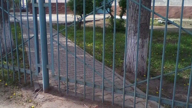 Нижегородский синий забор растянулся на777км