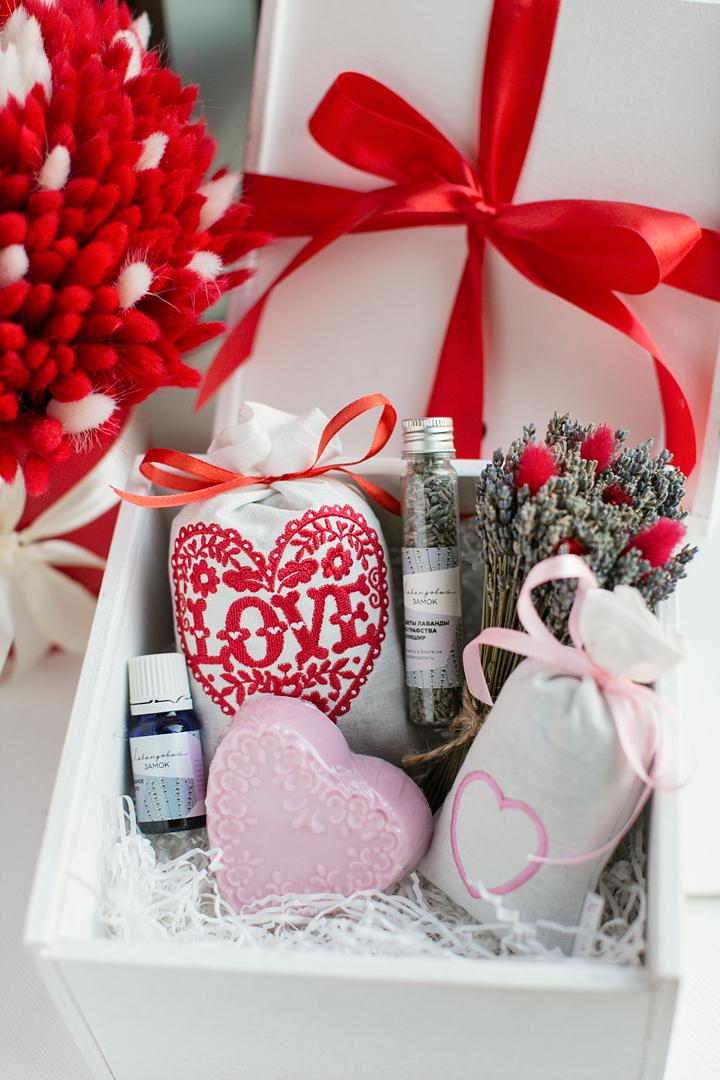 подарок ко Дню святого Валентина хенд-мейд