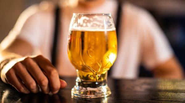 Напиток пивной со вкусом «Традиционного Джин-Тоника» фильтрованный